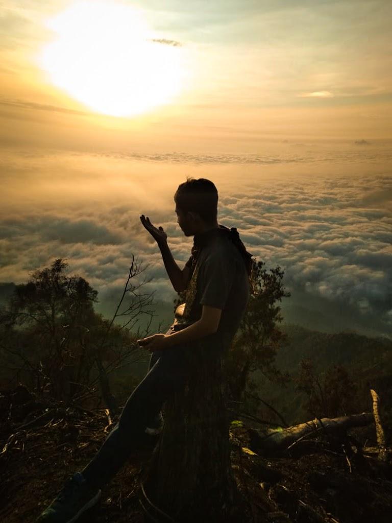 Tips Melakukan Pendakian Gunung Ranti Banyuwangi Agar Dapat Lautan Awan