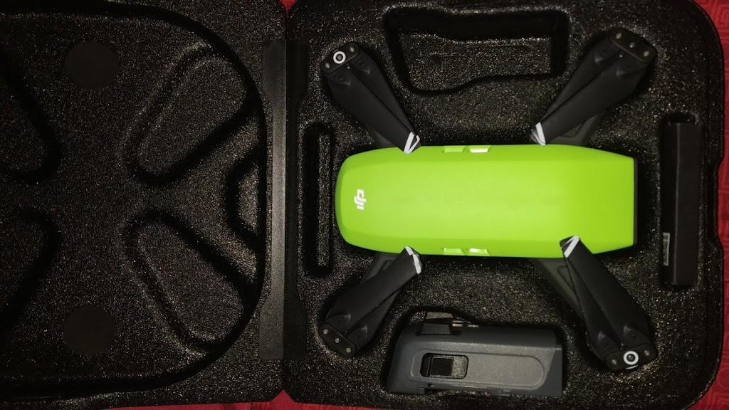 Review dan Hasil Foto Drone DJI Spark, Drone Mungil Favorit Pendaki!