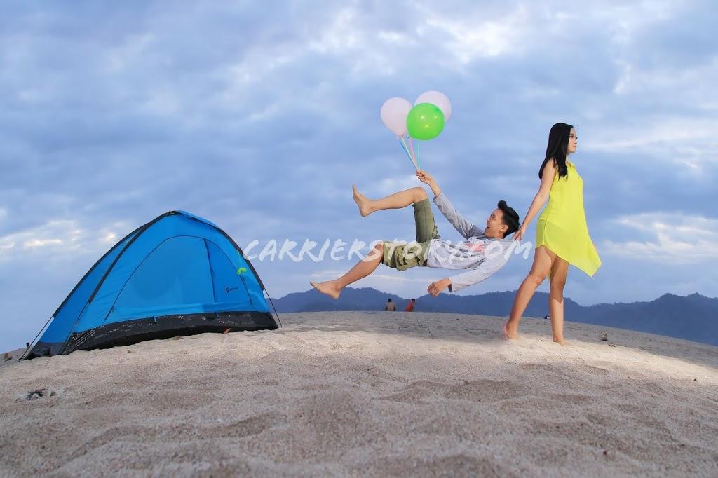 Wisata Pantai Pulau Merah