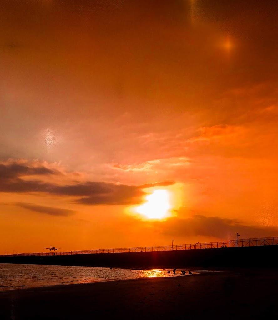 Pantai Kelan di Bali, Pantai Dengan Landscape Pesawat Terbang!
